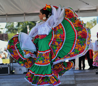 Mexican dancer in big flowing skirt