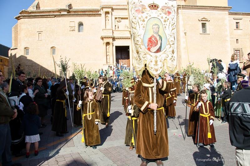 Salida de la Hermandad procesión Domingo de Ramos 2014