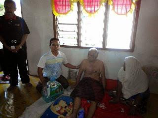 .ziarah Ramadhan dan sampaikan sumbangan bersama Pegawai Jabatan Kebajikan Masyarakat Besut, APMT dan Jk penyelaras DUN kuala Besut.|adun kuala besut