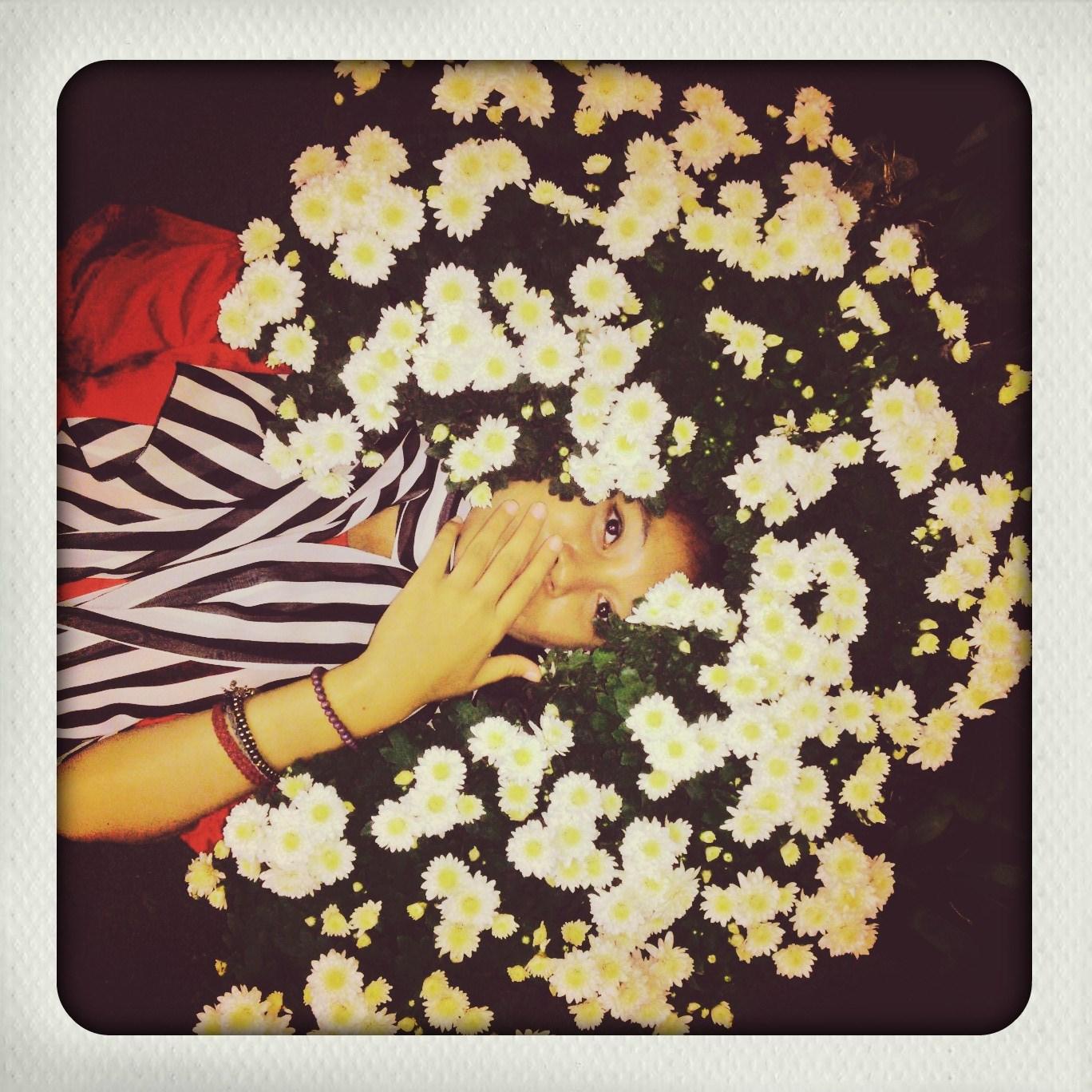 flowery moi