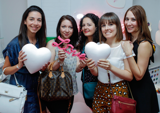 Tamara, Nyna, Marisa, Andrea y Maru
