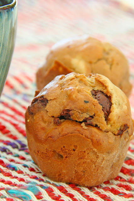 Chocolate and banana hazelnut muffins- Muffins με σοκολάτα, φουντούκια και μπανάνα