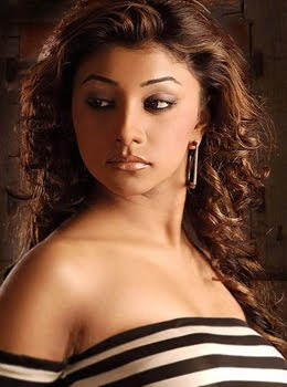 Deepal-Shaw-Hot-Bollywood-Actress