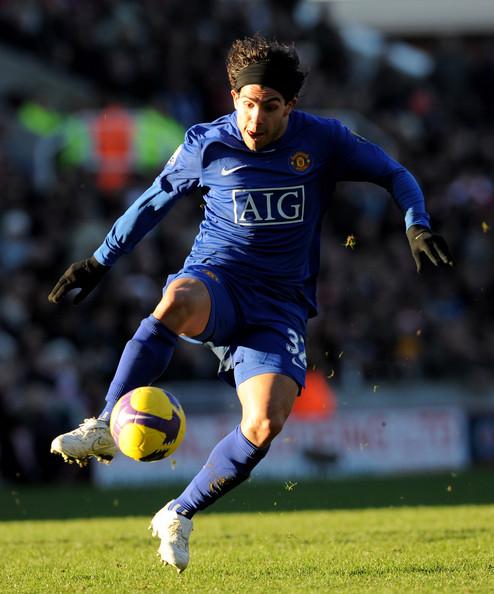 sport stars: Carlos Tevez Football Player