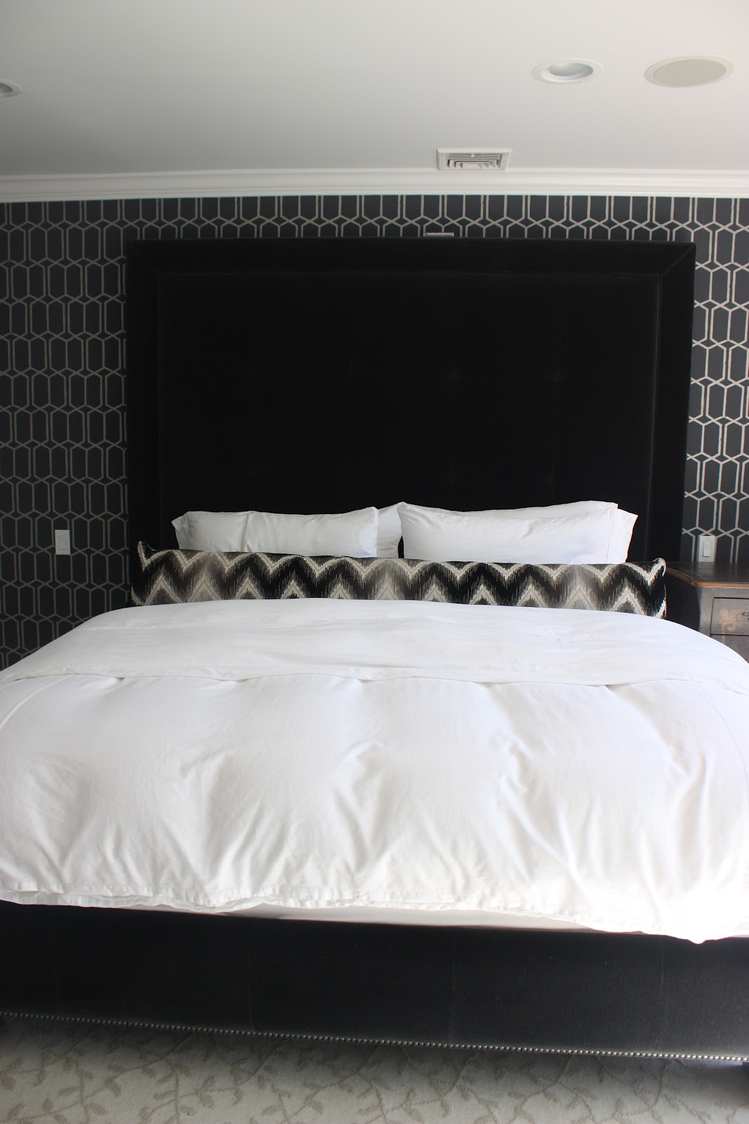 this is robert 39 s room at khloe 39 s house i love the masculine dark