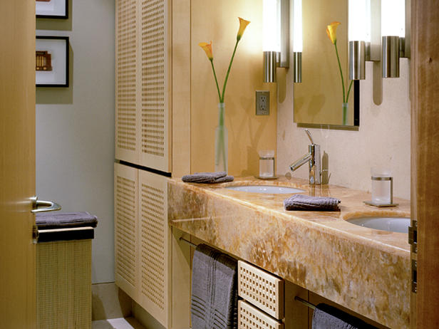 Modern furniture small bathroom design ideas 2012 from hgtv for Small bathroom designs 2012
