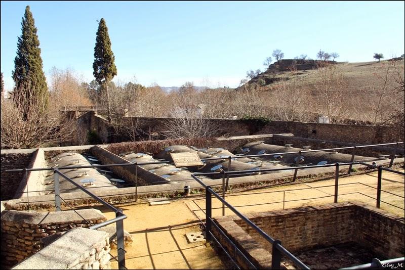 Baño Arabe Granada San Miguel:MIRABLOG DE GRANADA: Baños árabes de Ronda