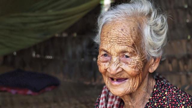 Visage du jour : la dame de 102 ans