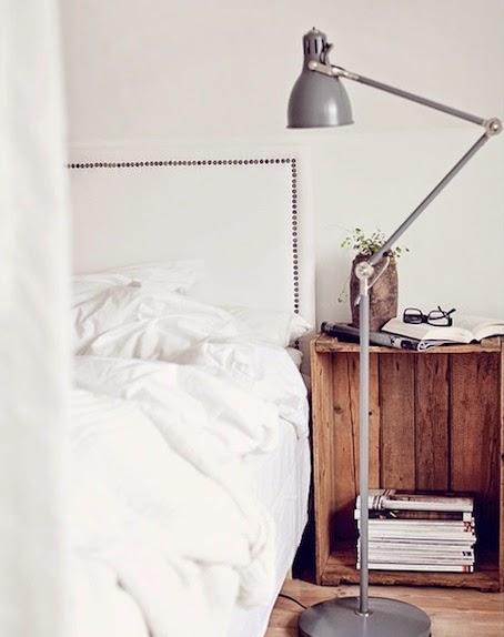 Idee fai da te per la camera da letto i comodini - Oggetti camera da letto ...