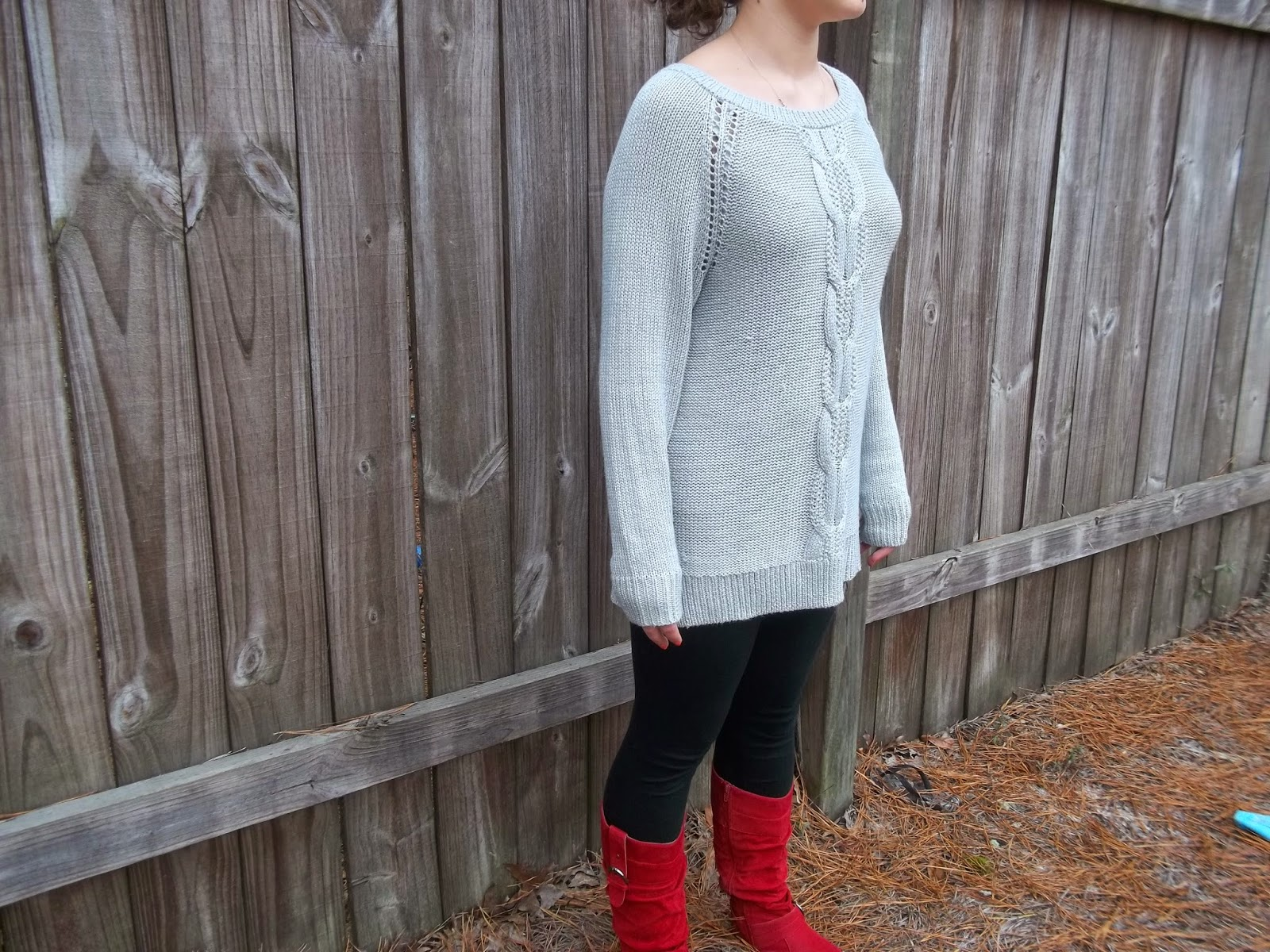 Casual Holiday Outfit. Grey tunic sweater, black leggings, red boots