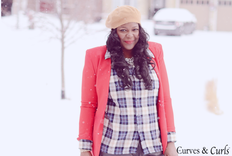 Trendy plus size fashion: how to wear a plaid shirt-- mycurvesandcurls.com