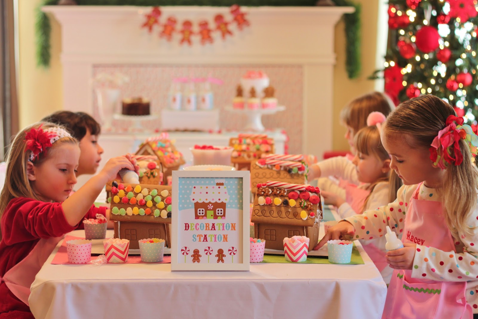 The Homespun Hostess Gingerbread Decorating Party