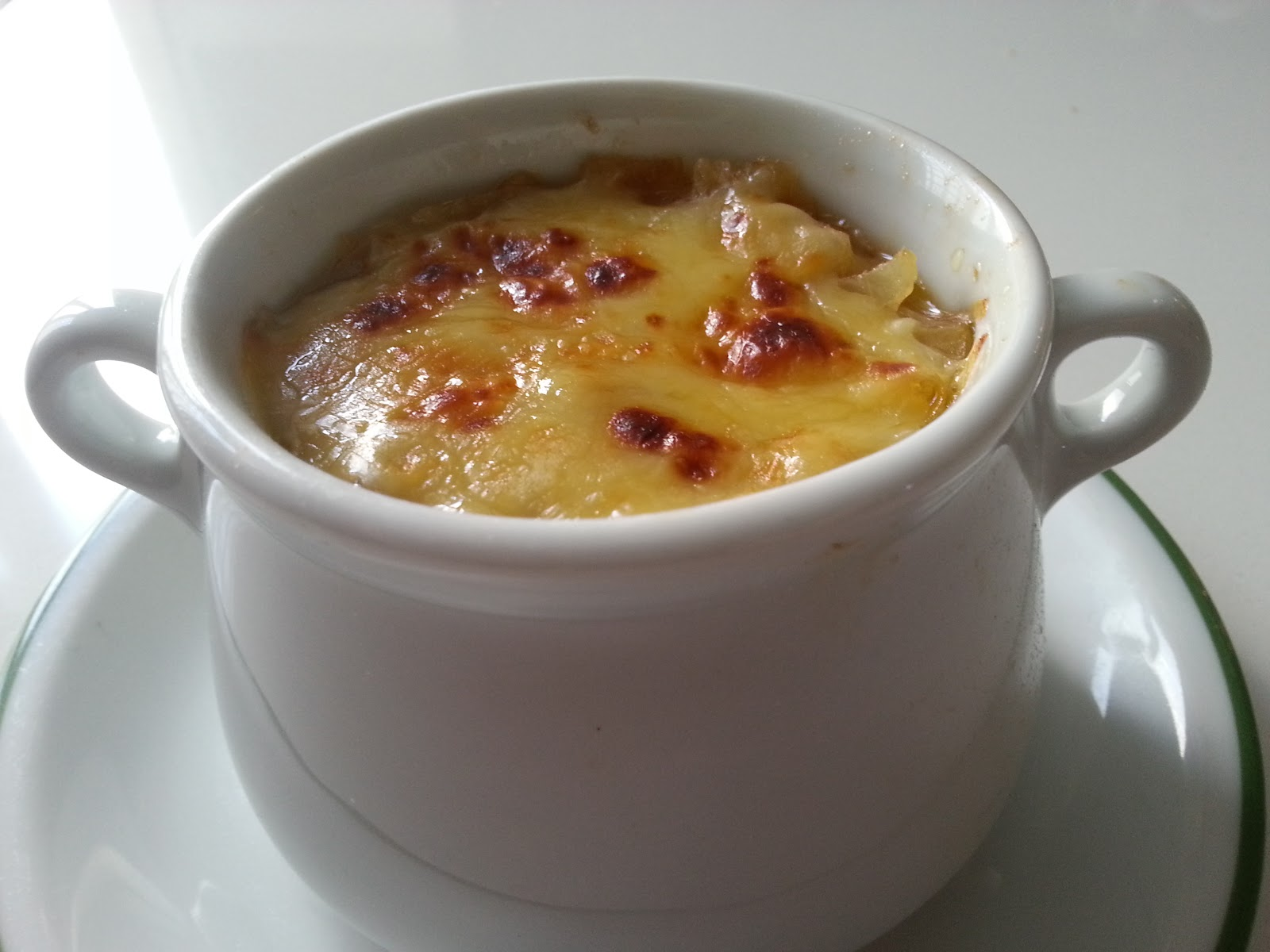 Recetas y a cocinar se ha dicho sopa de cebolla for Cena en frances