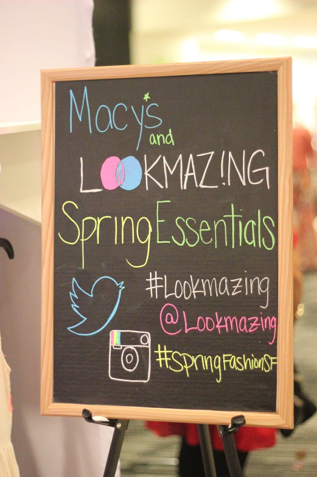 LOOKMAZING Event