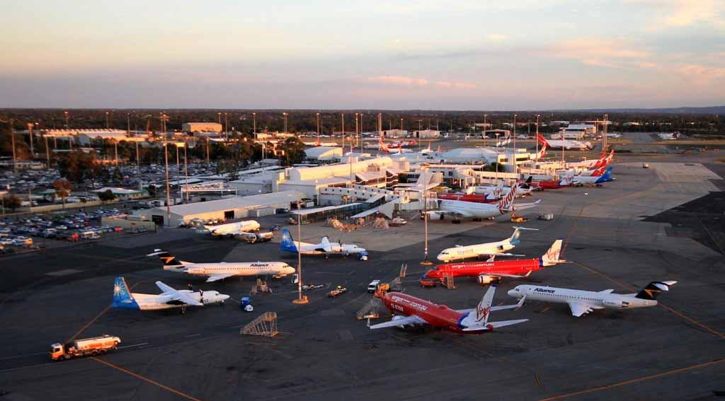 http://3.bp.blogspot.com/-EvjjWIzCEno/UMKLuUpD2dI/AAAAAAAALSI/sEsULWm9K7E/s1600/Perth+Airport+Dec+4,+2012+%232.JPG