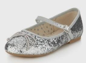 Niña de las Flores, Zapatos