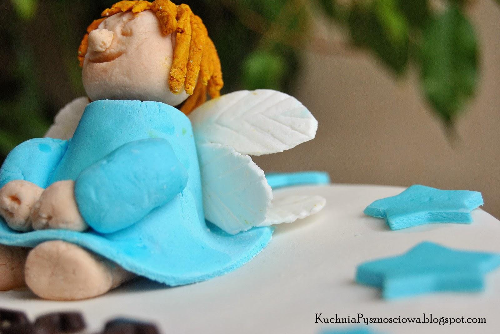 Tort z aniołem na chrzciny