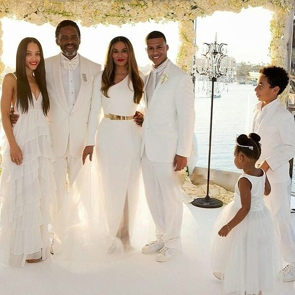 Blue ivy got grandma tina knowles married amazing new for What to do with old wedding dress after divorce
