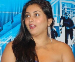 Tamil Actress Namitha Without Dress