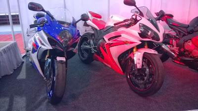 Suzuki-GSXR-Yamaha-R1-at-Mysore-Auto-Expo