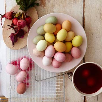 natural ingredients egg paint