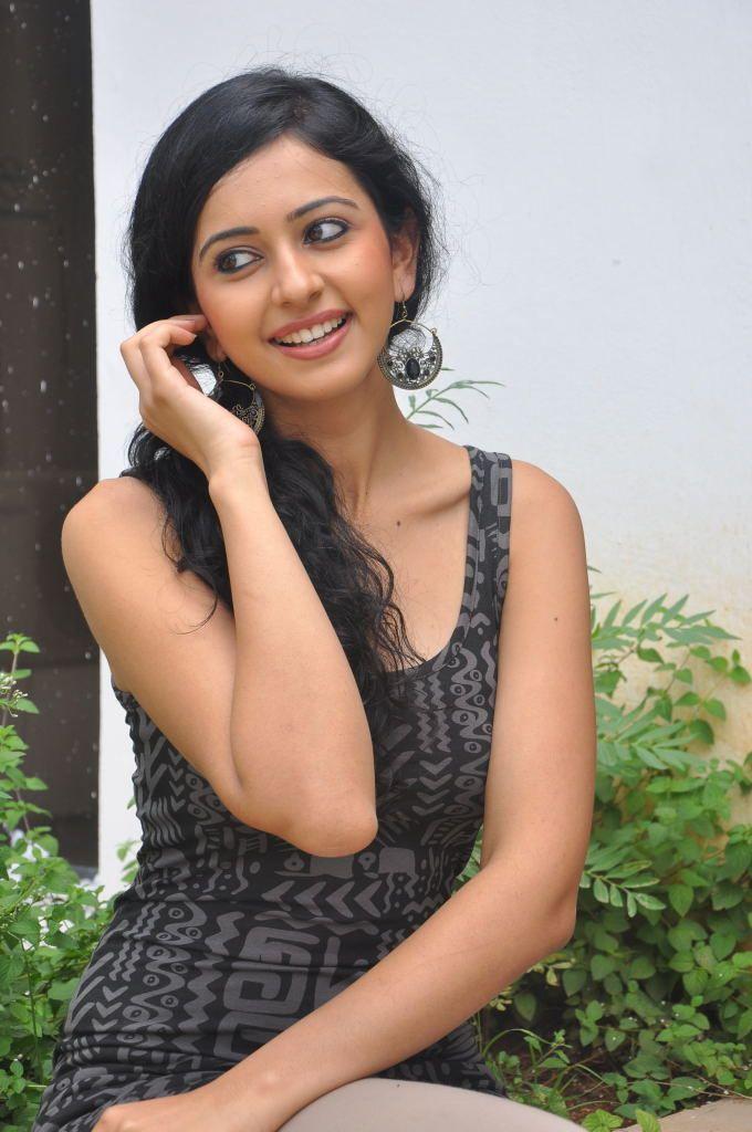 Latest Rakul Preet Singh Hot Photos, Cleavage, Navel, HD