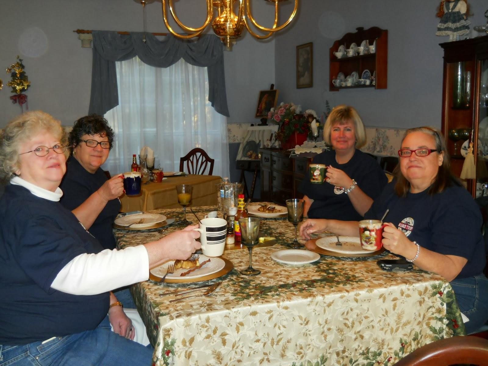 Innjoying breakfast at Woodridge B&B in Louisiana
