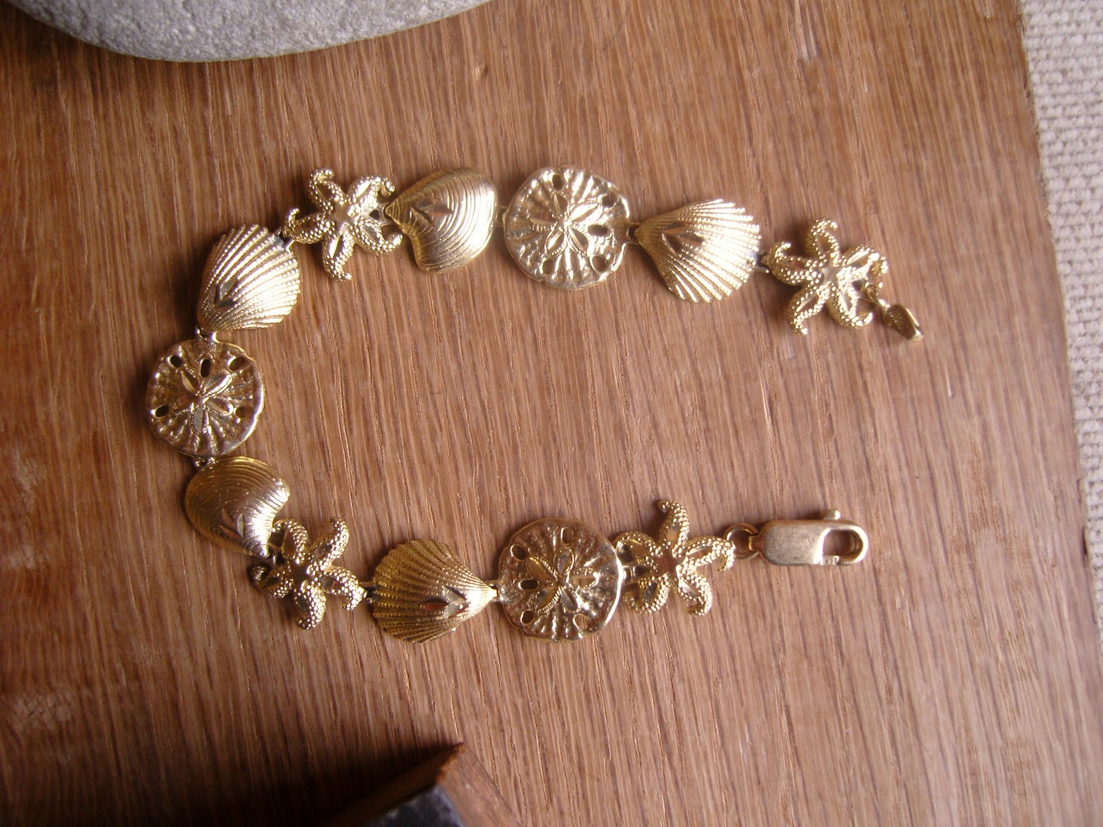Ellsworth Vintage Jewelry 14k Gold Seashell Bracelet at Scrap Gold