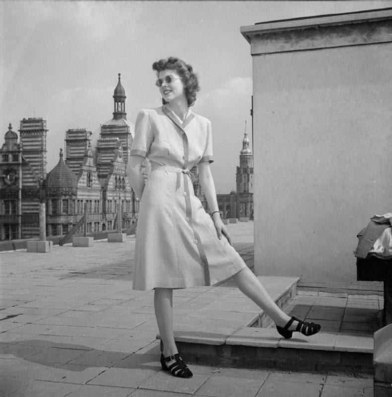 Fashion Of The United Kingdom In World War Ii Vintage