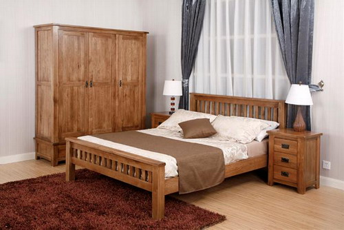 Exotic Solid Oak Bedroom Furniture To Give Graceful And