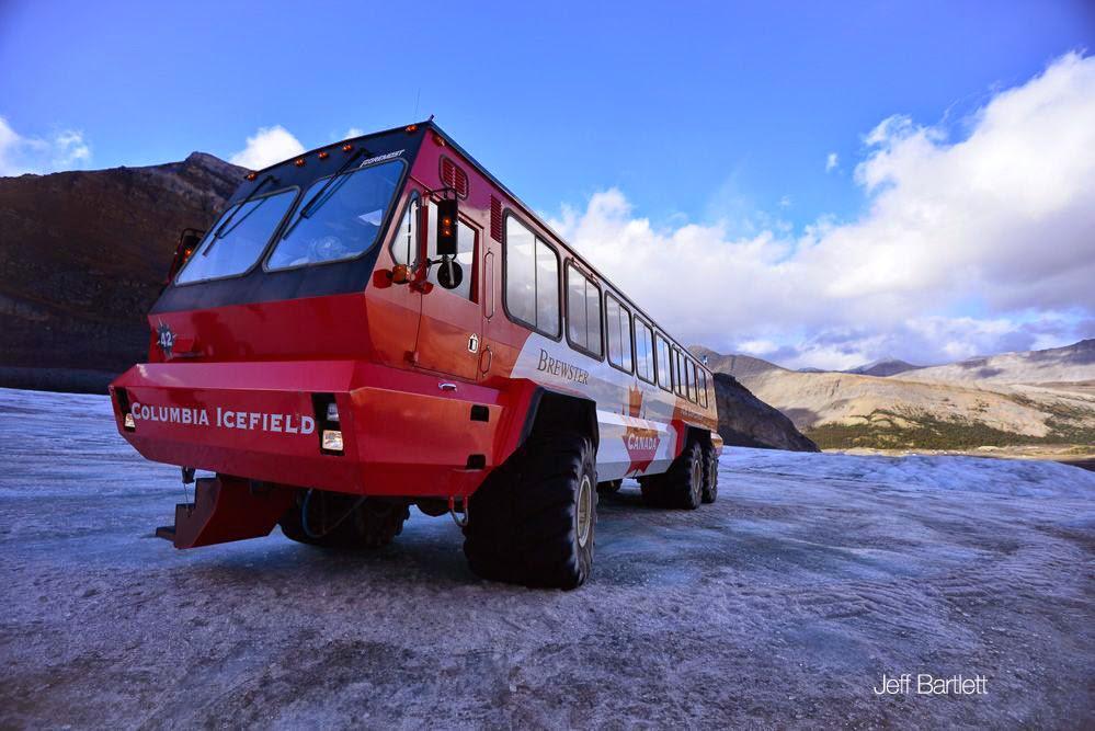 カナダ氷河ツアー
