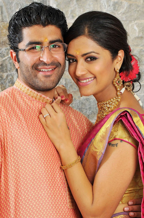 Mamta mohandas Engagement photos wallpapers