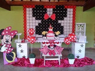 Minnie Vermelha Painel de Balões Personalizado