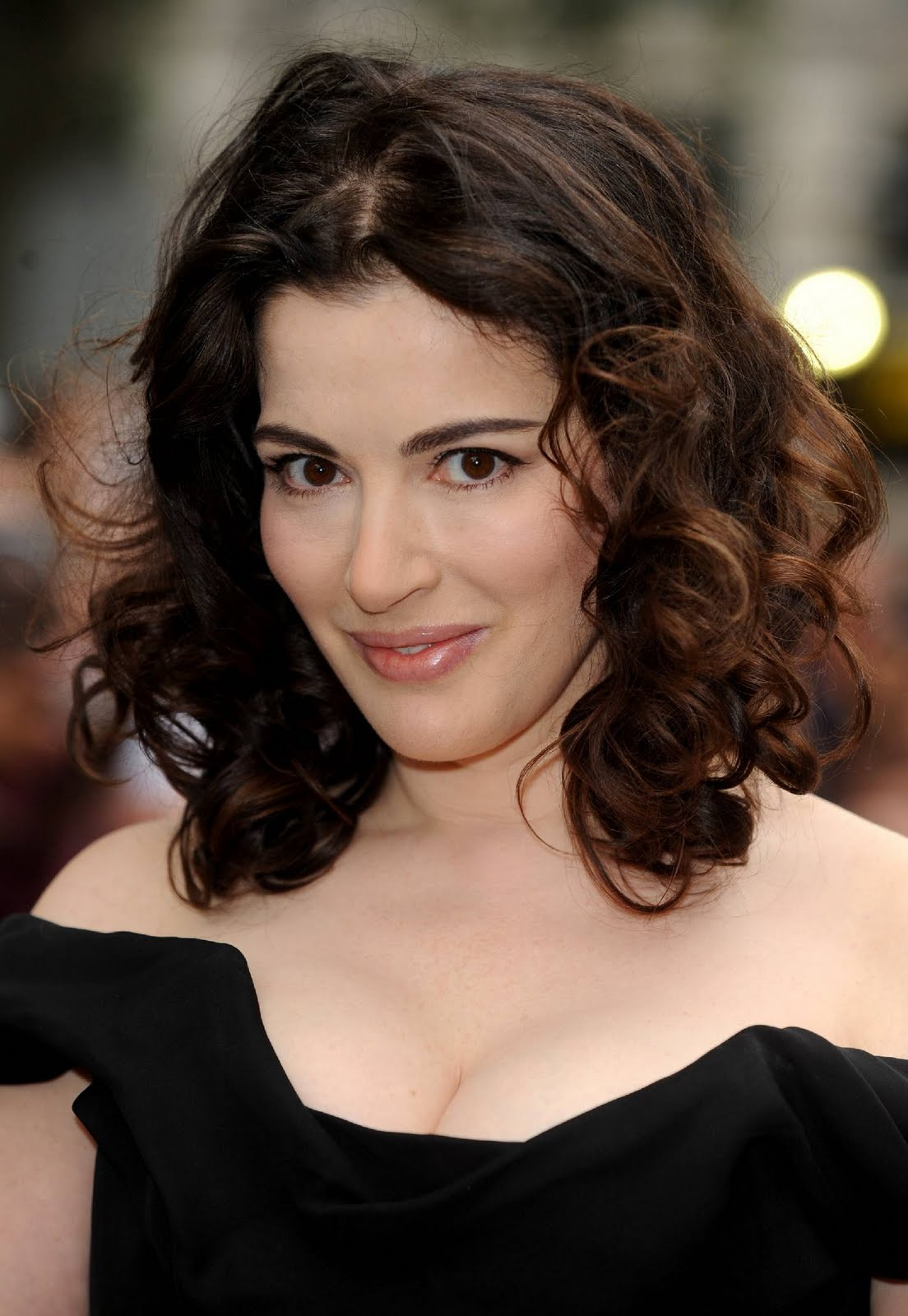 Multiplewallpapers Nigella Lawson Hot Pictures
