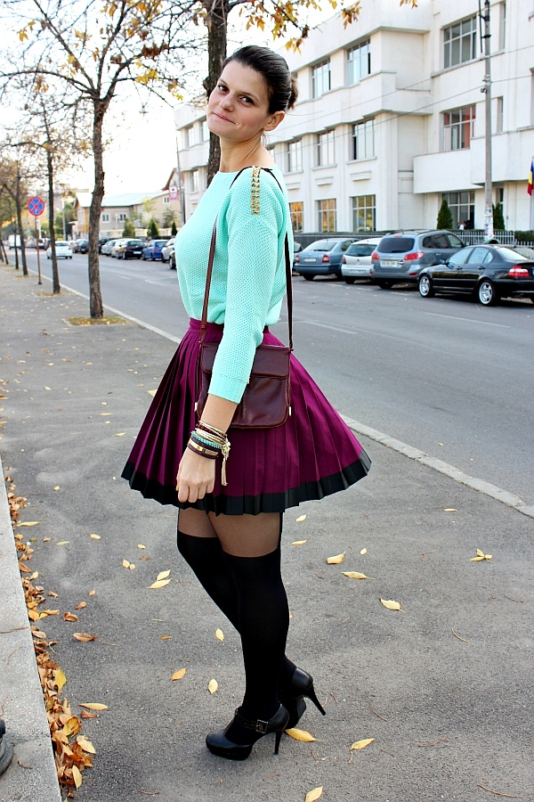 Pop Culture And Fashion Magic Suspender tights and pleated skirts
