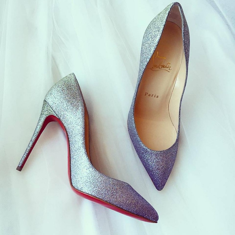holiday essential, holiday must haves, glitter pumps, christian louboutin glitter pumps, glitter heels, fashion blog, style blog