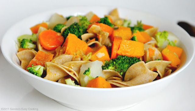 Beautiful, delicious and Easy recipe for Butternut Squash with Whole Wheat Pasta and Veggies