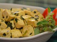 Tofu com Limão, Mostarda em Pó e Manjerona (vegana)