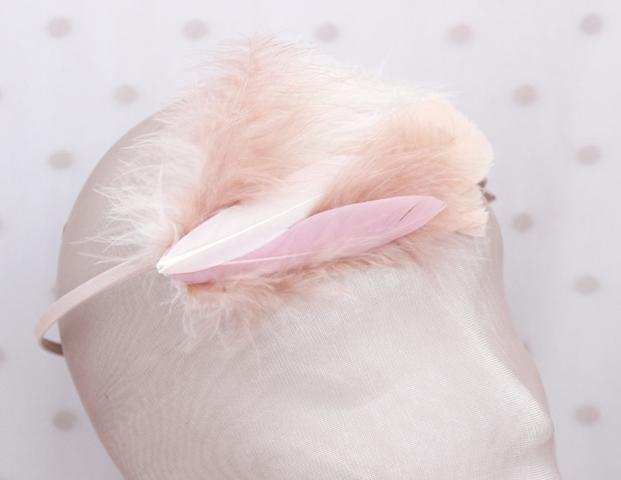 Colección La Playa - Tiara Rosa pluma
