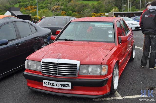 mercedes benz 190 201 red
