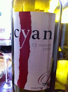 cyan-12-meses-2004-toro-tinto