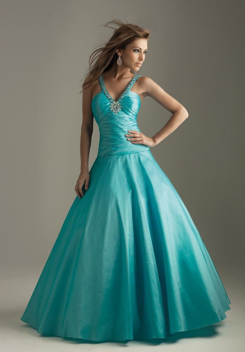 WhiteAzalea Prom Dresses: Blue Prom Dresses and Its Style