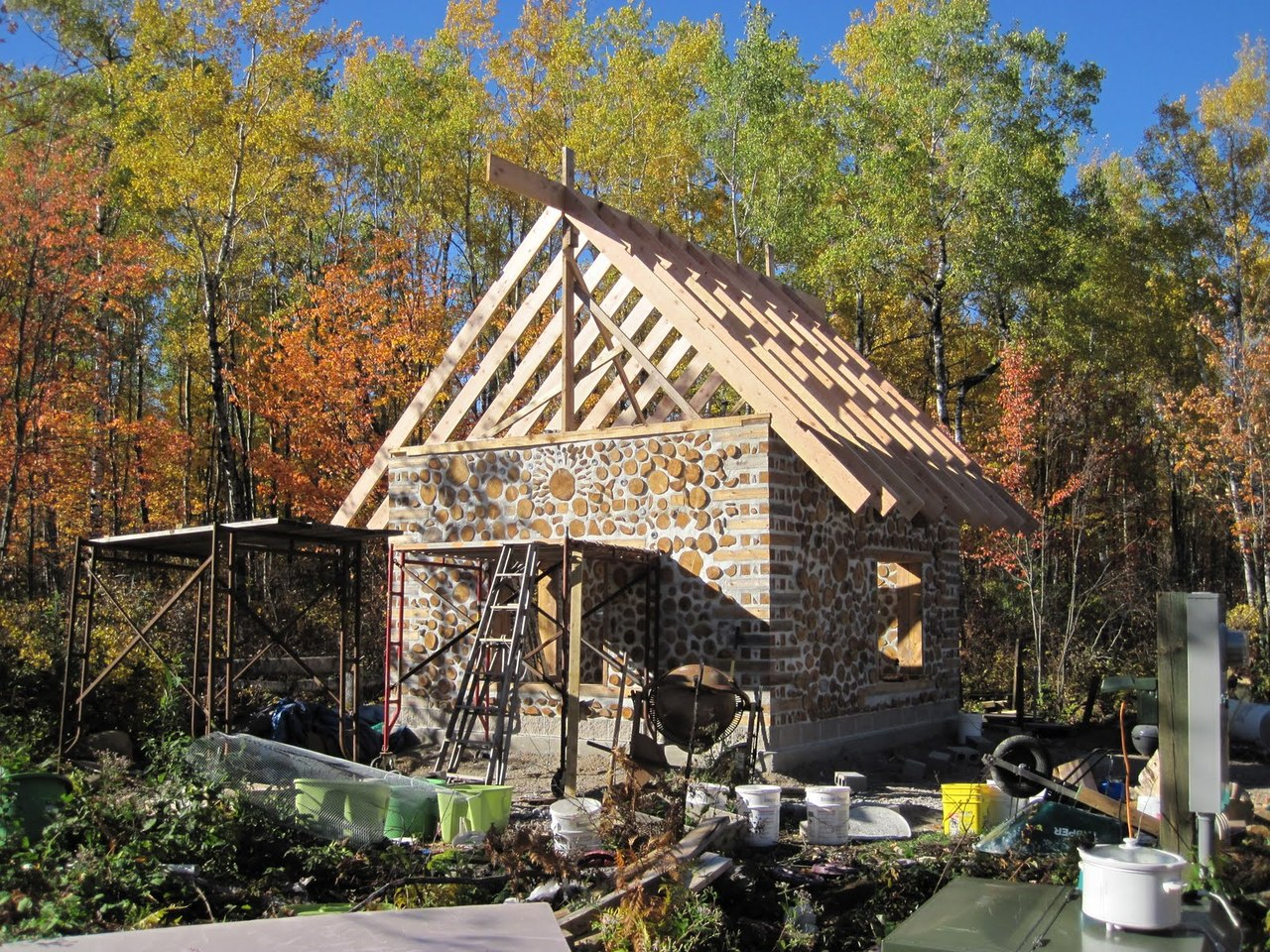 lloyd s blog tiny cordwood home in northern minnesota