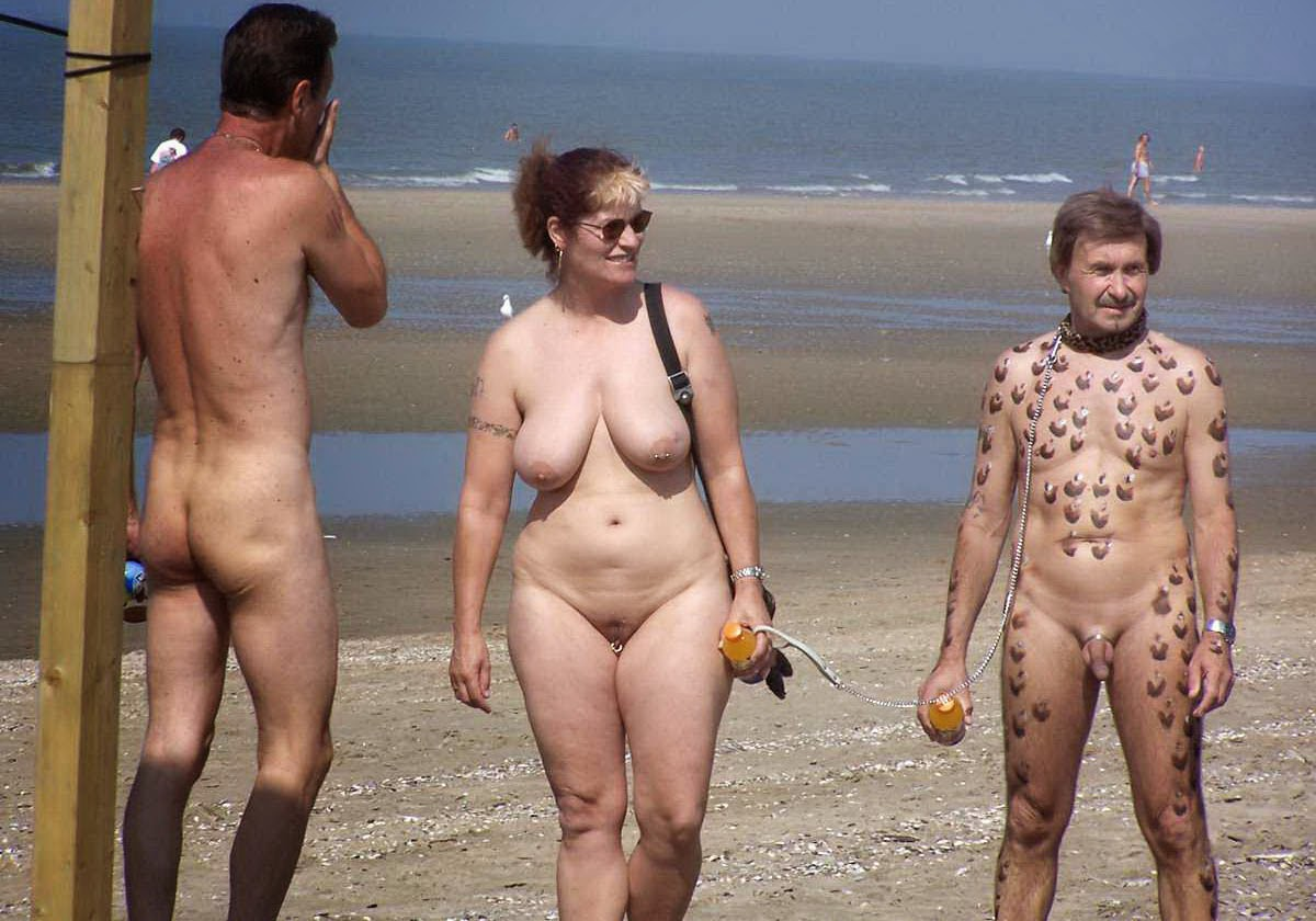 Naked Family Beach Pic