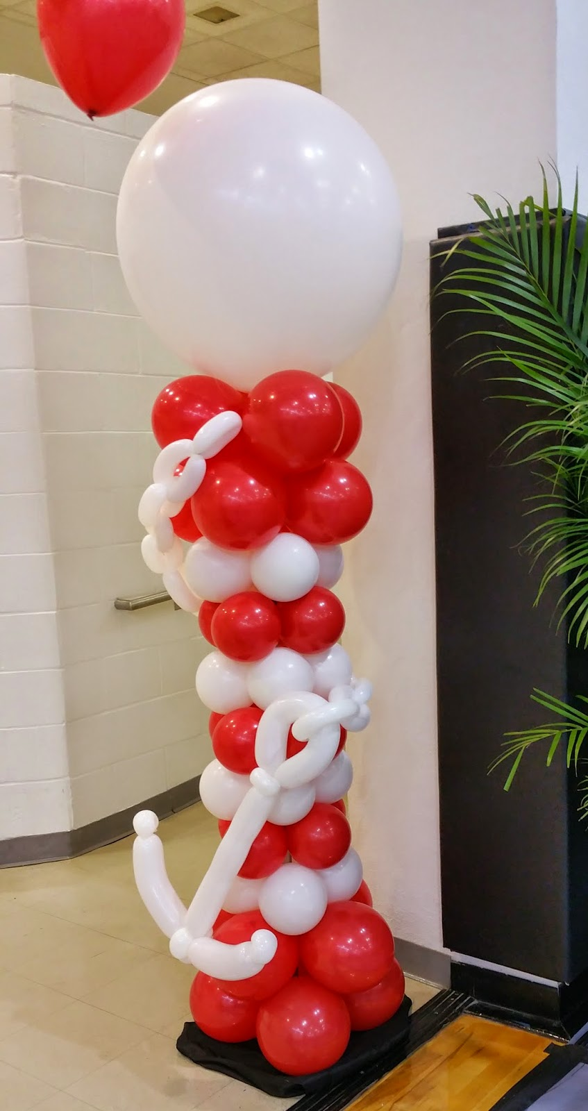 Party people event decorating company homecoming 2015 for Anchor balloon decoration