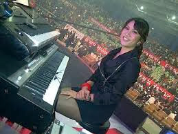 penyanyi, pemain muzik violin, hazama, artis, hiburan, Gossip Artis,