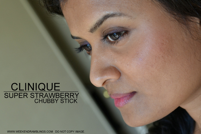 Clinique Makeup Chubby Stick Super Strawberry 07 Beauty Blog Darker Skin Swatches Ingredients Reviews FOTD Looks Berry Pink Sheer Lip Balm Color