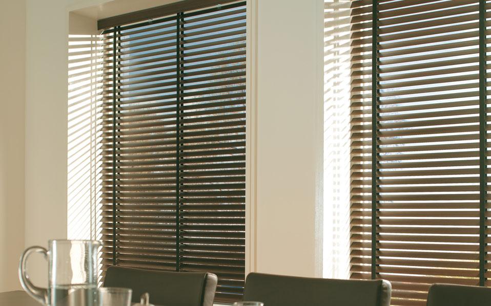 Arrumando meu ap persiana ou cortina for Cortinas de persiana