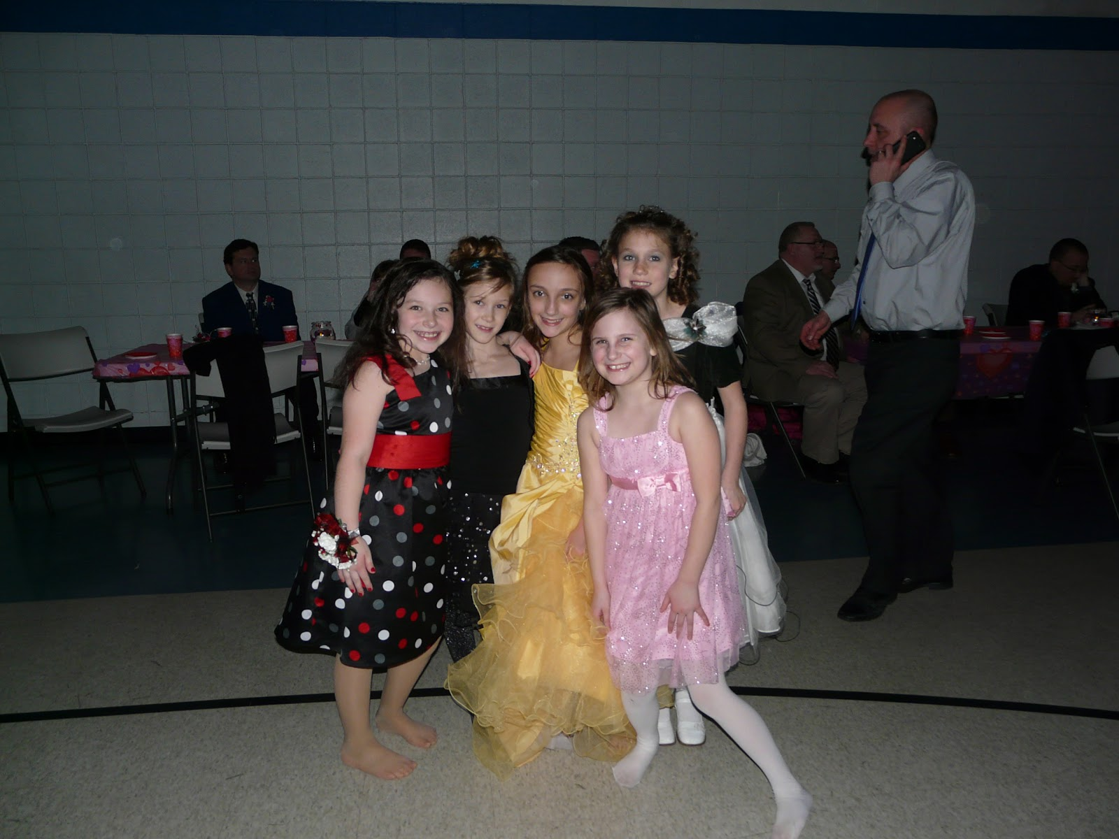 What's Happening around Ida: Daddy/Daughter Dance: http://idapublicschools.blogspot.com/2013/02/daddydaughter-dance.html