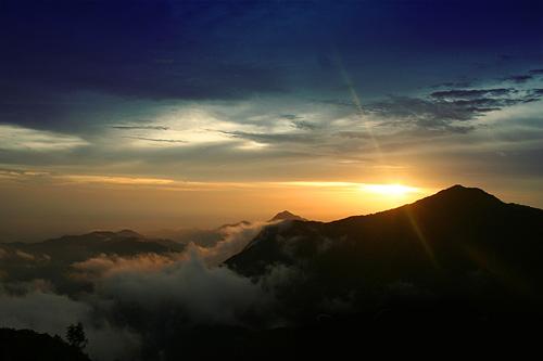 Nasa Mengeluarkan Kenyataan Bahawa Matahari Akan Terbit Dari Barat